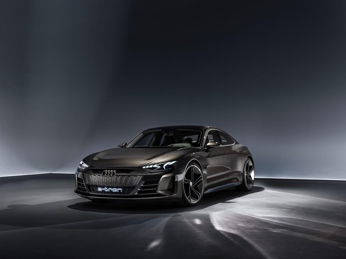 Conceptul Audi E-Tron GT (7)