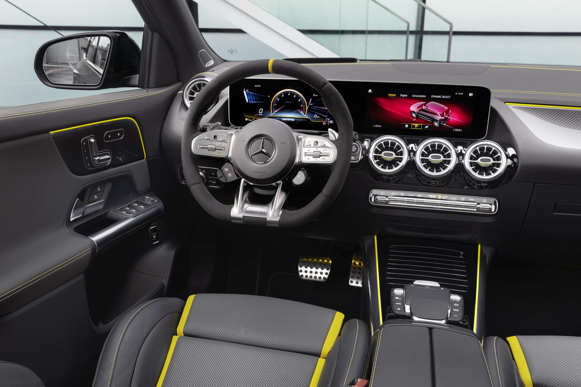 Mercedes-AMG GLA 45 4MATIC+ (17)