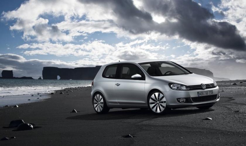 Motorul diesel este pe placul șoferului român pentru că are un consum mai mic față de versiunea pe benzină.