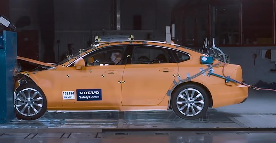 Volvo cele mai sigure mașini (1)