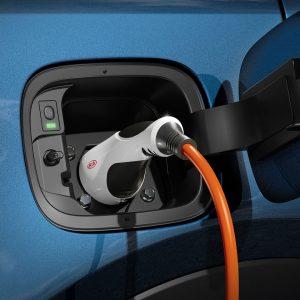 Kia a dezvăluit, în premieră, noul Sorento Plug-in Hybrid
