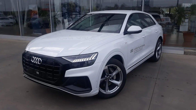 Audi Q8 masina din executari silite