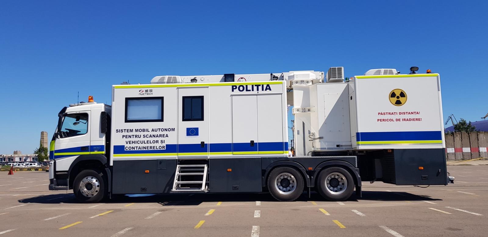 Cum arată noul camion al Poliției folosit pentru scanarea vehiculelor și containerelor - GALERIE FOTO