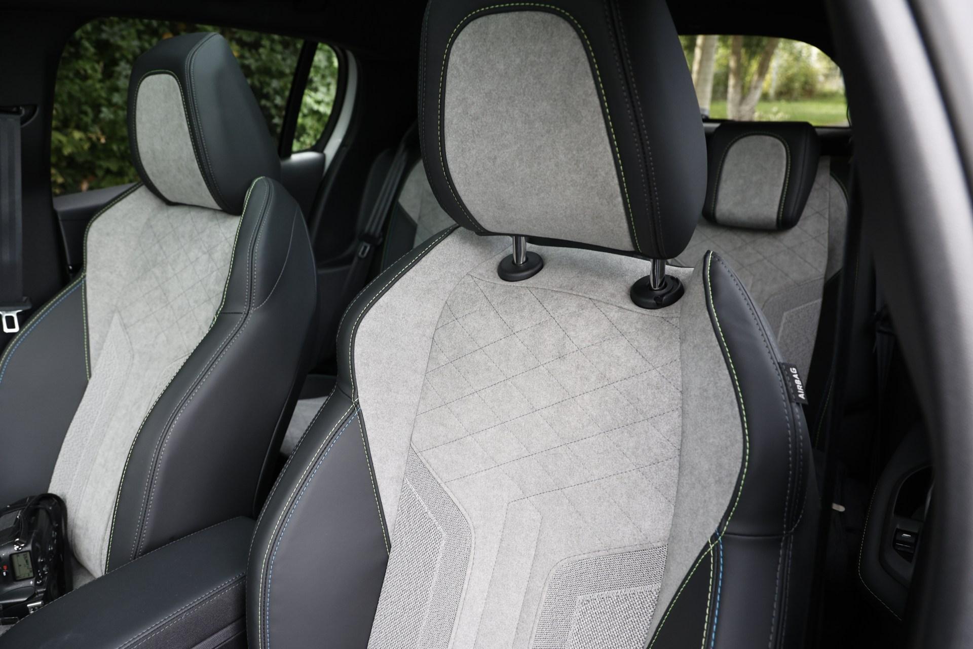 Test drive Peugeot e-208. Opt lucruri pe care trebuie să le știi despre noul Peugeot electric