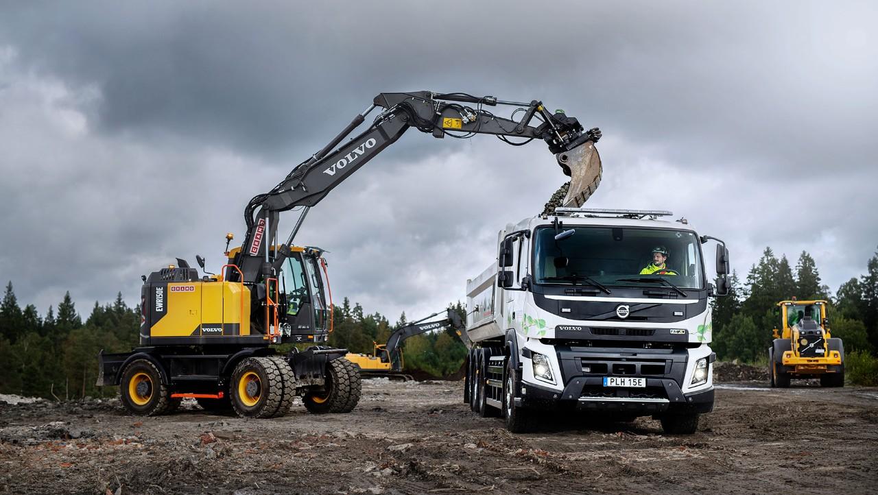 Volvo va lansa în 2021 o gamă de camioane electrice