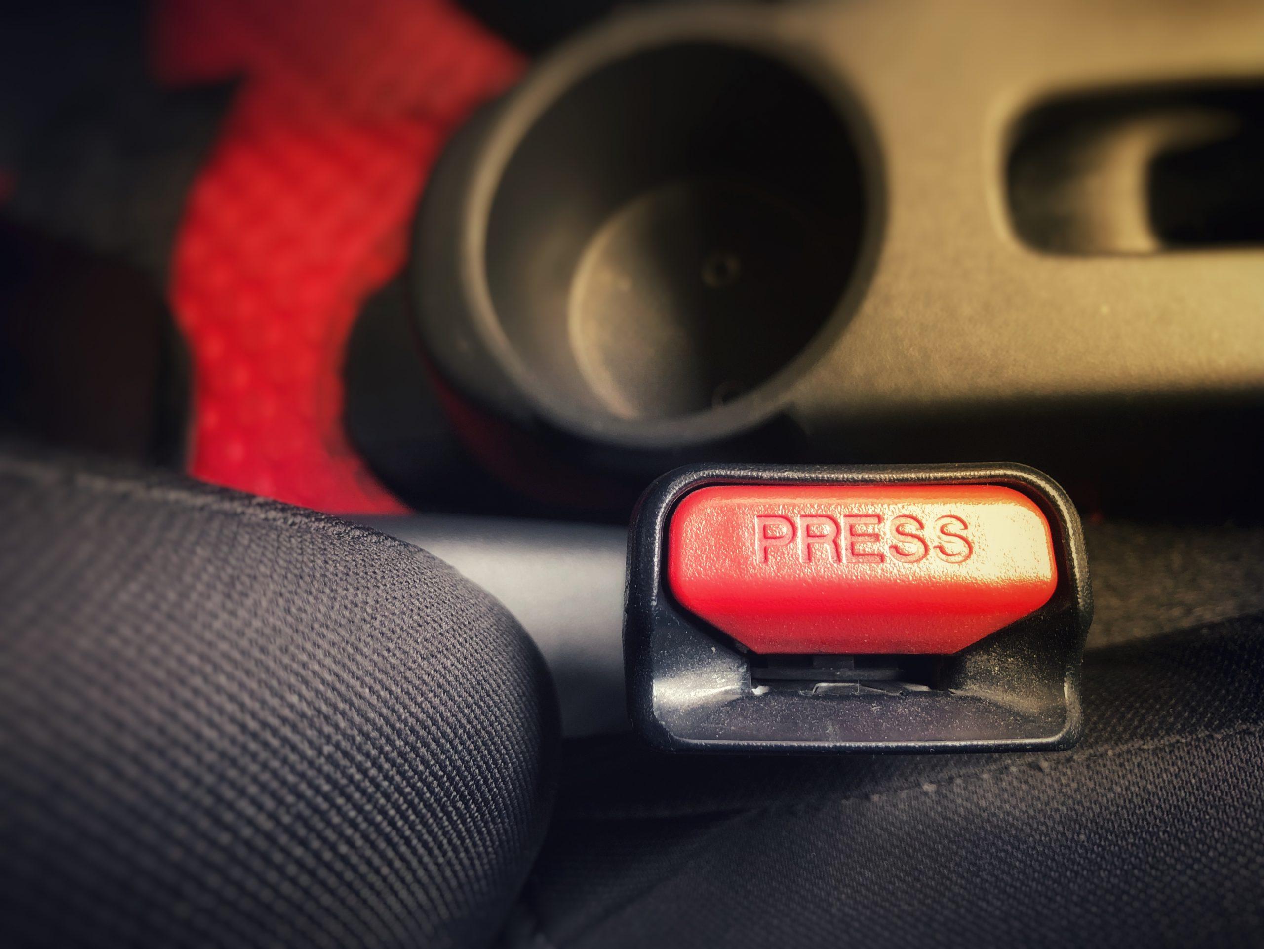 Legislație 2021. Ce amendă primești dacă nu porți centura de siguranță? Valabil pentru șofer și pasageri