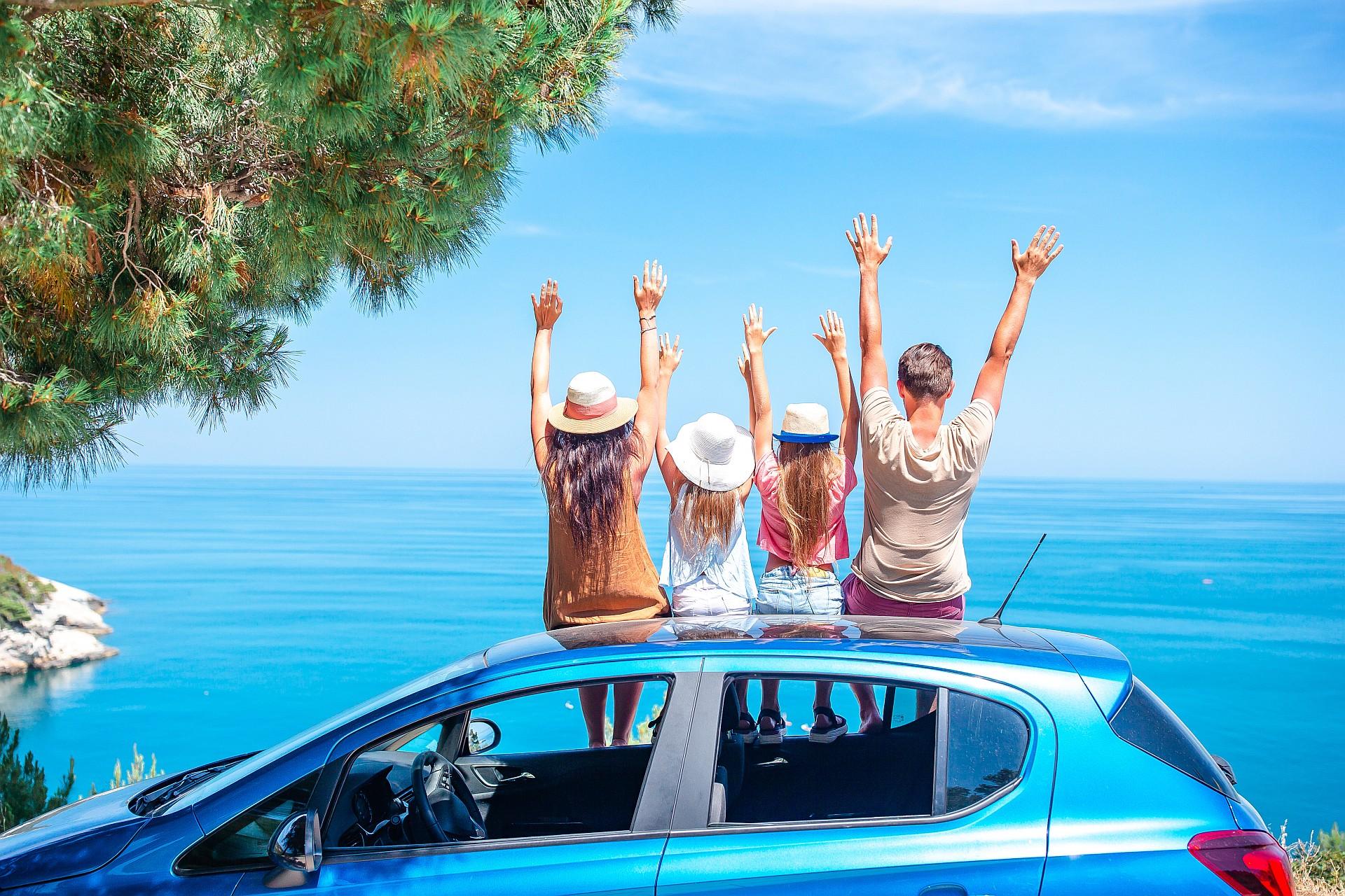 cum pregătești mașina vacanță